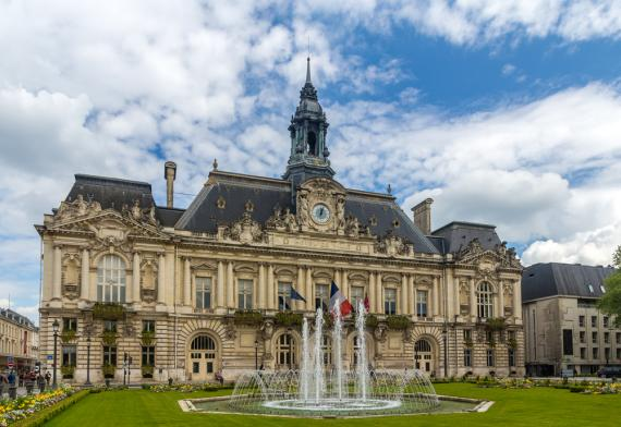 Linguistic and Translation Services in Tours, France